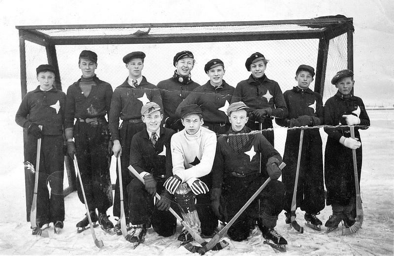 Bild 3 IFK junior Fagerberg Gunnar Carlsson Gunnar Widing Fallgren Södergren  bl a 1930-tal (2).jpg
